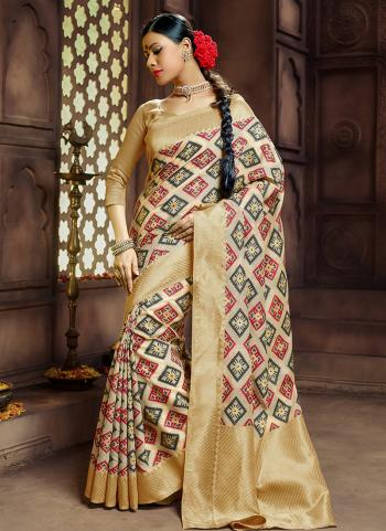 Wedding Wear Beige Banarasi Silk Weaving Saree