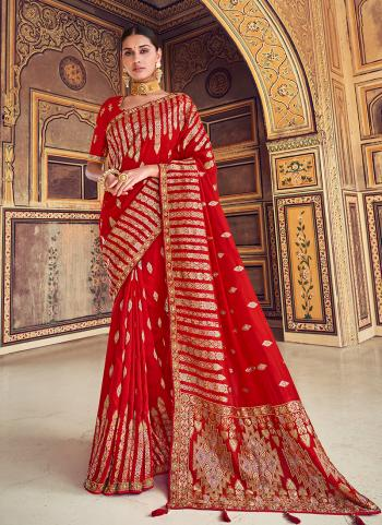 Bridal Wear Red Silk Weaving Saree