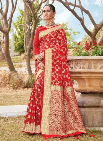 New Red Silk Bridal Wear Weaving Saree
