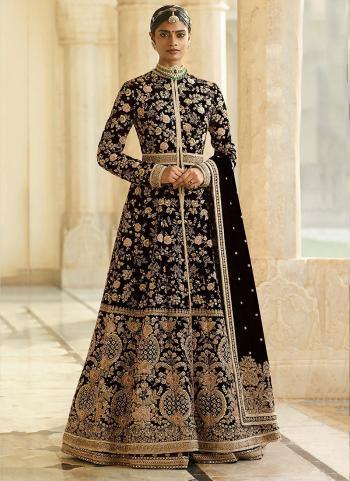 Black Velvet Bridal Wear Embroidery Work Anarkali Suit