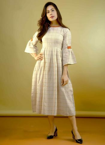 Cream Cotton Regular Wear Checks Printed Kurti