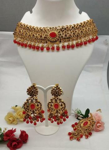 New Designer Necklace With Maang Tikka and Earrings