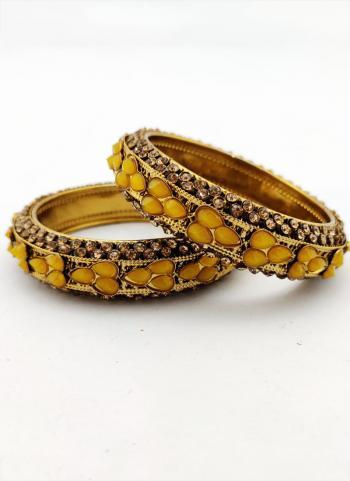 Womens Gold Diamond Bangels