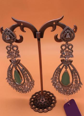 Stylish Fancy White Diamond Earring