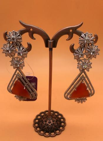 White Diamond And Red Tringle Stone Earring