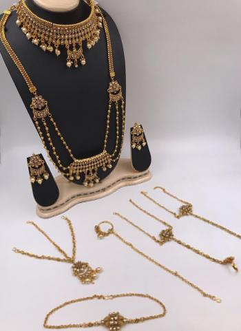 New Designer Gold Plated Jewellery Set
