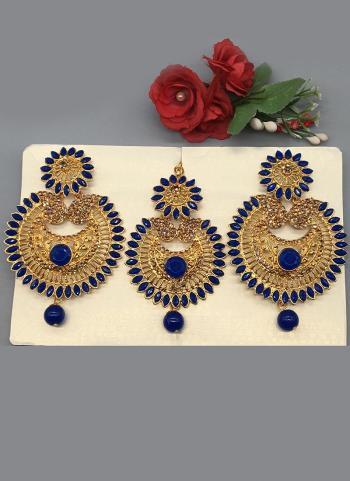 New Designer Diamond Earrings With Maang Tikka