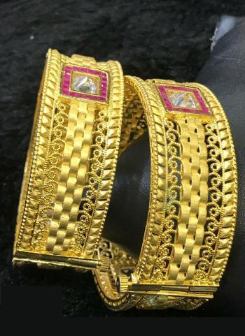 Buy Gold Plated Wedding Bangles Set
