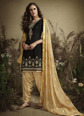 Black Cotton Casual Wear Embroidery Work Patiala Suit