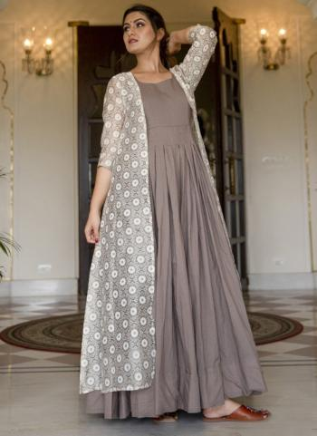 Grey Muslin Silk Party Wear Digital Printed Gown