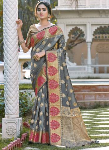 Grey Silk Traditional Wear Weaving Saree