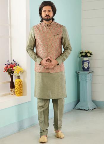 Green Art Banarasi Silk Party Wear Jacquard Kurta Pajama With Jacket