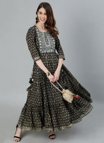 Grey Cotton Casual Wear Embroidery Work Kurti