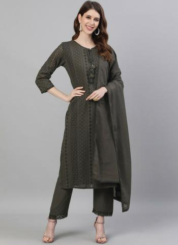 Green Cotton Casual Wear Embroidery Work Readymade Salwar Suit