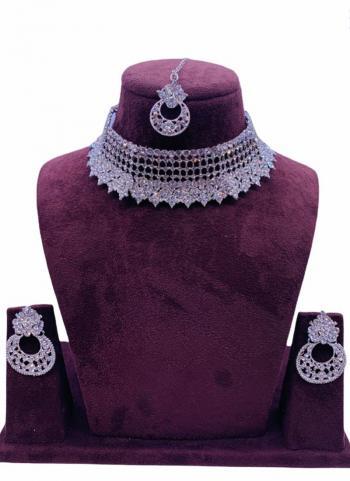 Light Pink Chokar Style Jewellery Set