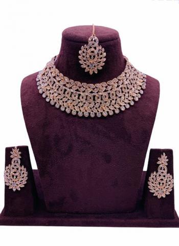 Rose Gold Stylish Chokar Style Jewellery Set