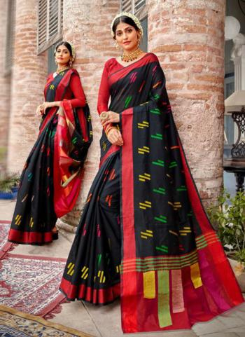 Black Silk Traditional Wear Weaving Saree