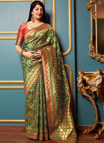 Wedding Wear Banarasi Silk Weaving Green And Red Saree