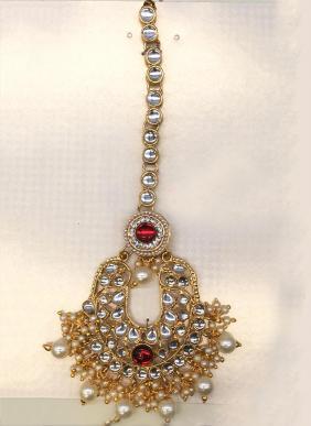 New Designer Kunadan Pearls And Diamond Maang Tikka Collection