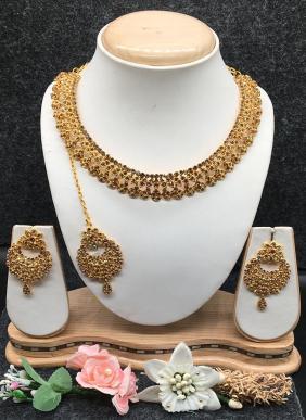 Beautiful Design Necklaces Set Wholesale Collection
