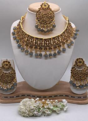 Trendy Golden Designer Necklaces Collection