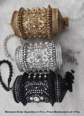 Designer Round Metal Cluches Collection