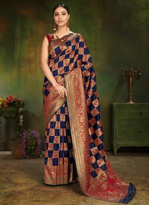 Wedding Wear Blue Silk Weaving Saree