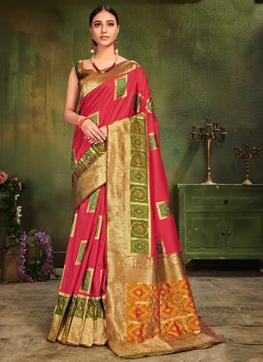 Wedding Wear Pink Silk Weaving Saree