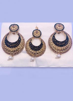 Navy Blue And Golden Chandbali Design Diamond Earrings With Maang Tikka