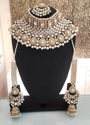 White Ethnic Designer Bridal Necklace Set