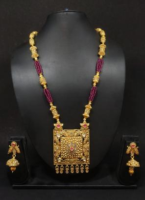 Wedding Wear Antique Design Long Traditional Jewellery Necklace