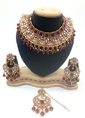 Maroon Kundan And Stone Multi Piece Necklace Set