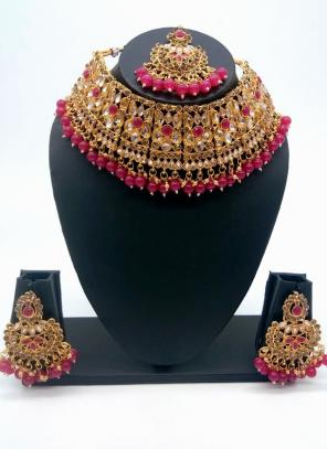 Rani Traditional Kundan And Stone Studded Chokar Necklace Set