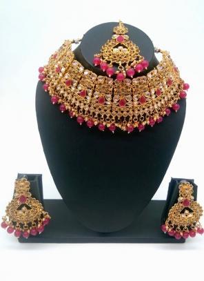 Rani Beautiful Stone And Kundan Studded Bridal Necklace Set
