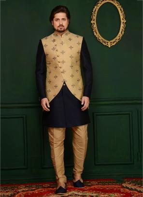 Black Banarasi Silk Embroidery Work Wedding Wear Sherwani Style